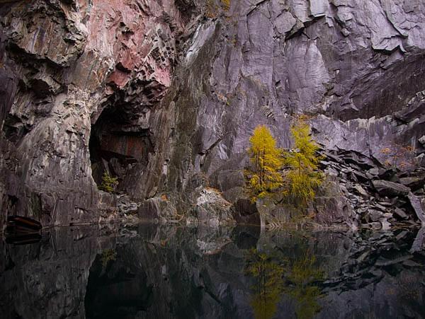 таинственная и страшная пещера