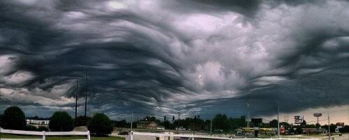 туманные облака